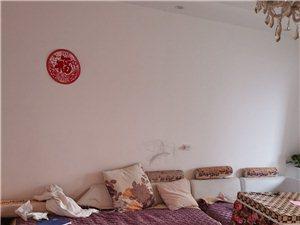 西山建委3室 2厅 1卫1300元/月
