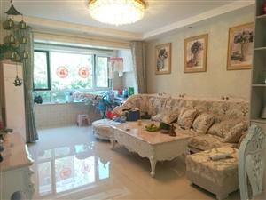 �文峰苑一期现房,1楼102平,精装地暖三居室,85万