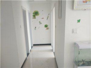 眾恒華府3室 2廳 1衛56萬元
