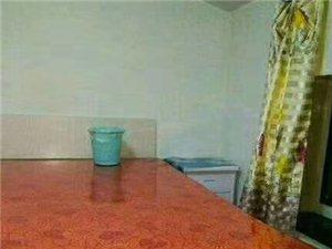 東方明珠7室 1廳 1衛400元/月