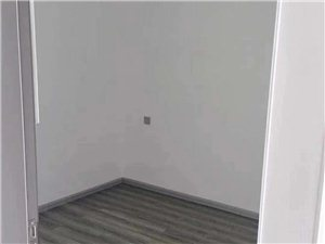 王家山4室 2厅 1卫1333元/月