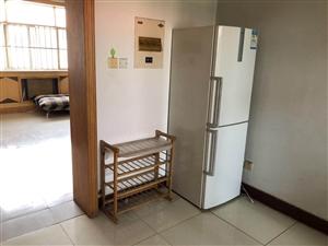 科研小区2室 2厅 1卫1200元/月