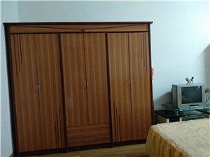政府宿舍二楼3室 1厅 1卫1000元/月