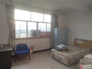 淵明湖小區3室 2廳 1衛800元/月