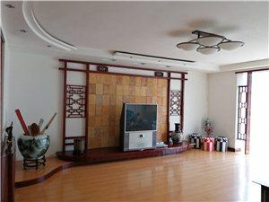 德通花园3室1厅1卫132平及27平车库90万元