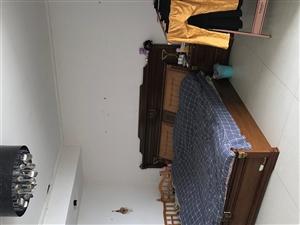 党校院内2室 2厅 2卫80万元