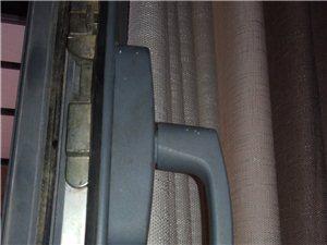 滨州维修,滨州修门窗。修窗户。