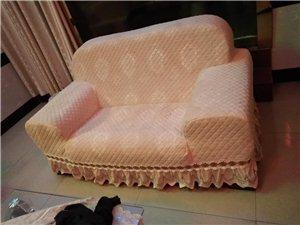 私人订制沙发套,沙发翻新。布艺沙发清洗。