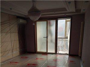 墙面刷新。木质家具。艺术背景墙