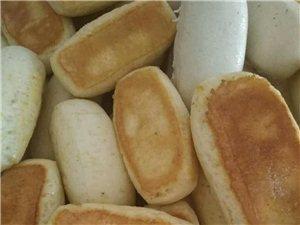 杂粮锅贴馍,大小饼,欢迎定购!