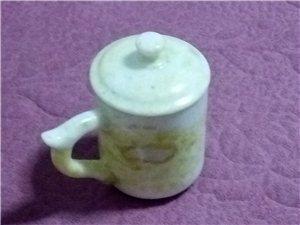 680岫玉茶杯火熱銷售