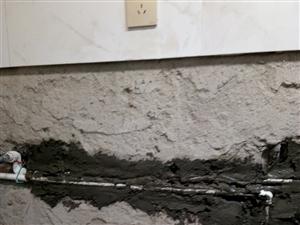 维修水电,下水道取断丝。