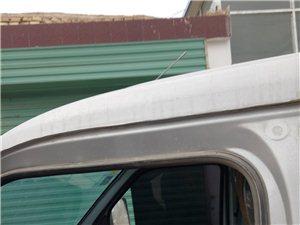 五菱小卡帶司機出租