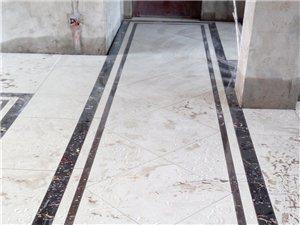 承接室內外貼磚,瓦工,木工,油工,電工活