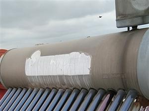 维修水电太阳能装增压泵下水道