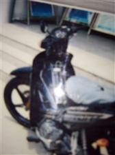 出售二手六七成新雅马哈摩托车