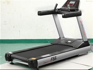 全新跑步机