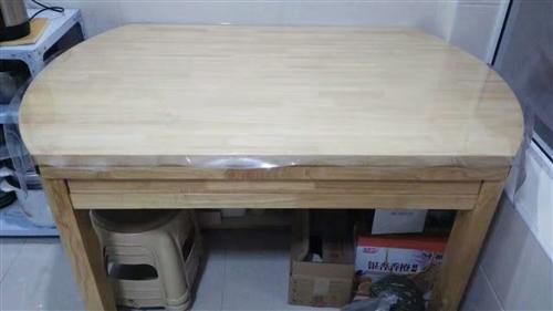 转让实木餐桌