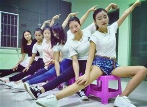 武�g。舞蹈