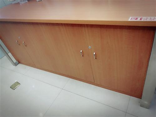 纯实木高档办公设备