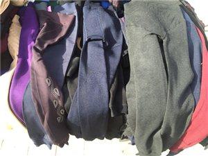 围巾披肩两用,打底裤加绒批发,全甘肃最低价批发