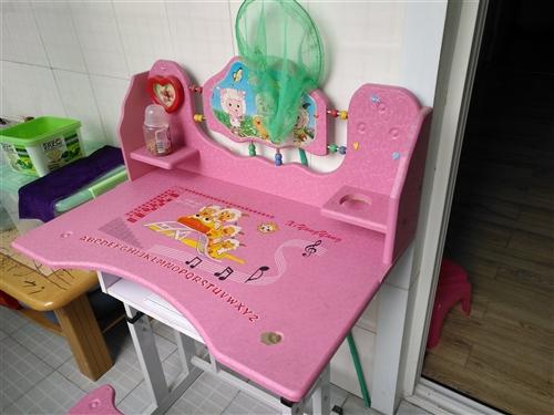 儿童书桌出售