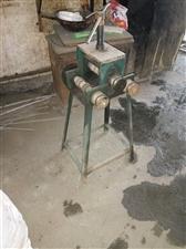 出售高级防盗门,氩弧焊机,安装空调水钻,