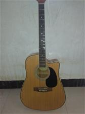 出售95成新吉他
