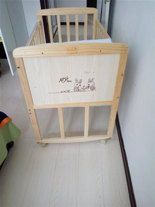 純木嬰兒床