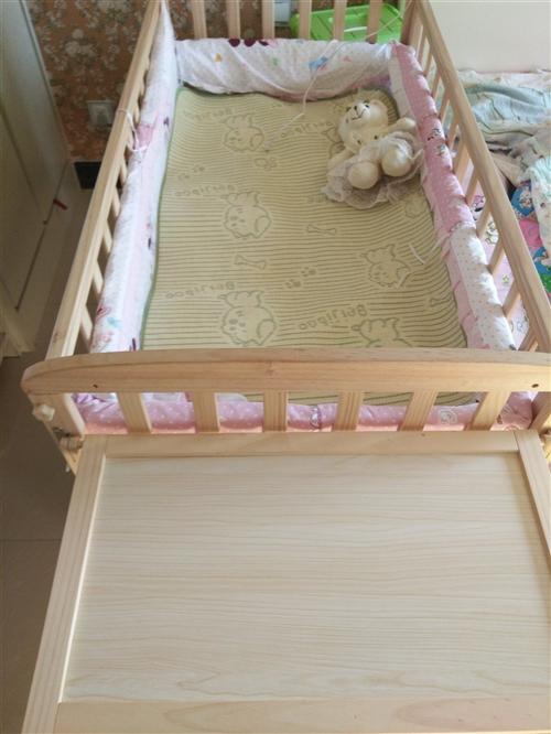 轉讓嬰兒床