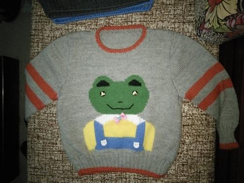 三到四岁男童纯手工毛衣