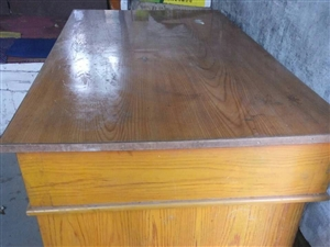 出售办公桌