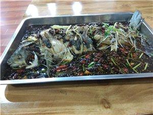 湘潭花椒鸡,香辣草鱼,自制猪手等特色家常菜