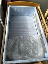 全新实木加大婴儿床+椰粽两用床垫+摇床