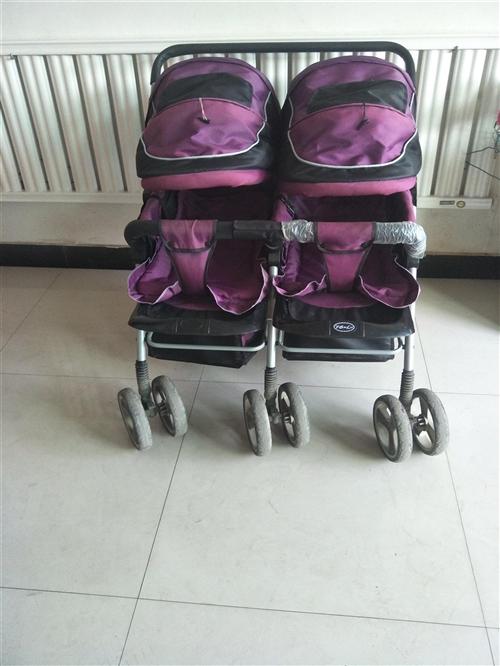 出售二手双胞胎童车