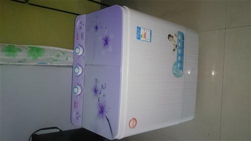 出售9成新双杠洗衣机一台