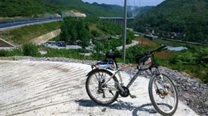 二手山地自行车出售(全套禧玛诺保养完好,刹车灵敏)