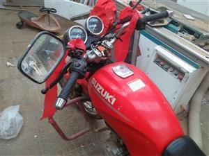 出售摩托车铃木125