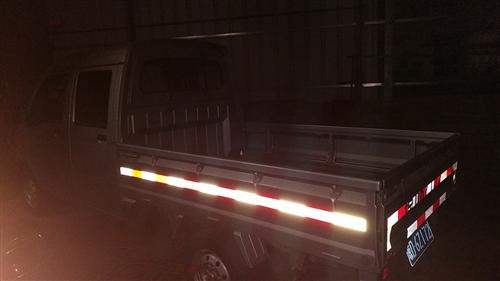 9层新五菱双排小货车