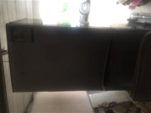 新飞冰箱出售