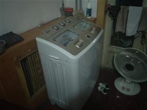 出售9成新双杠洗衣机