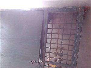 二手木门,木窗,大铁门,塑钢门窗,二手楼板