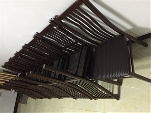 几乎全新16个饭店专用椅子