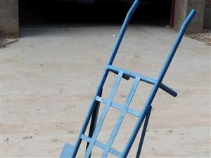 出售农用堆栈用双轮手推车