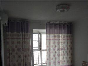 电梯房空调主卧室