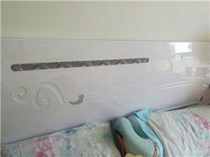 九成新床床垫低价出售500元自提