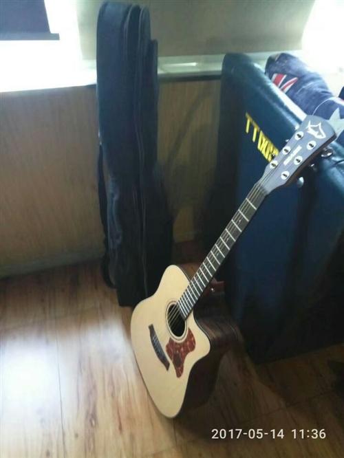 出售一把吉他,600