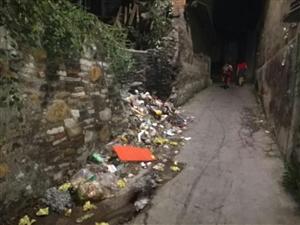 别在公共社区乱扔垃圾
