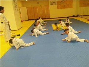 青少年跆拳道暑假招生活動