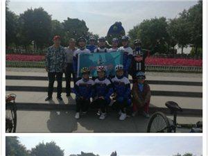 壮大后的队伍骑行武青南湖